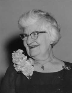 head shot of civil engineer Elsie Eaves