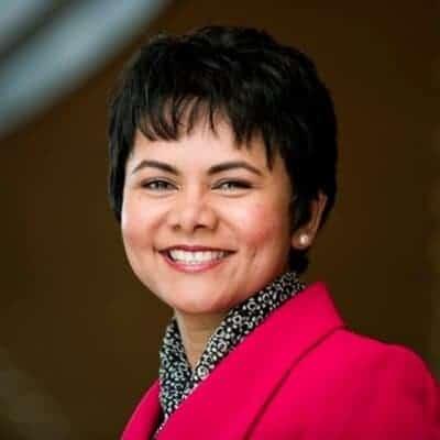 Podcast: Sabina Nawaz on Courageous Leadership