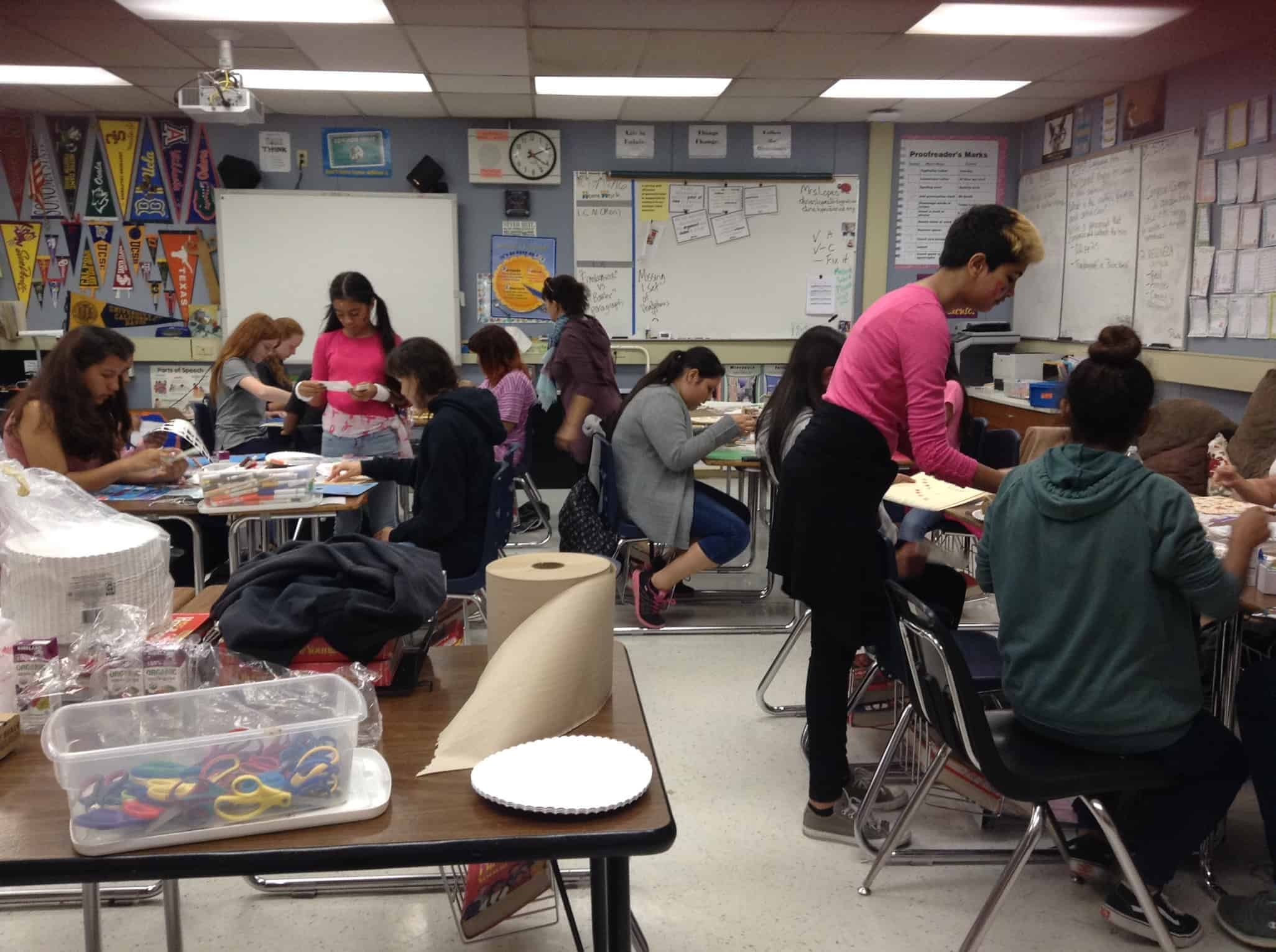 Society of Women Engineers Empowers Middle School Girls at Stanford