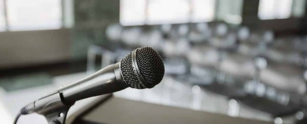 3 Mistakes You're Making in Public Speaking