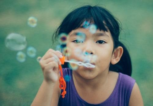 adorable-bubbles-child