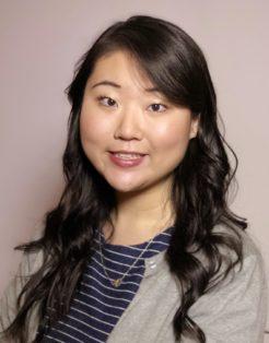Emily Cho headshot