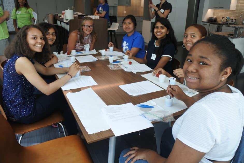 students Philadelphia SWE STEM outreach event