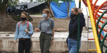 "Women Engineers Start ""Solidarity Engineering"" to Improve Life at Migrant Camp Solidarity Engineering"